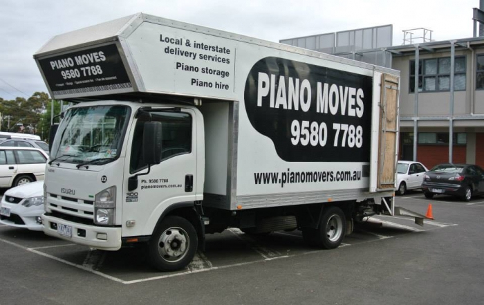 Piano Moves truck with tailgate down